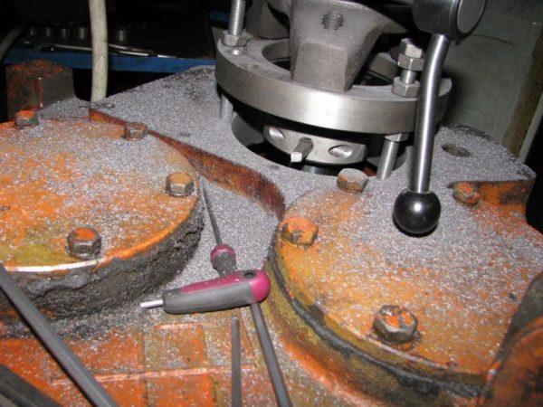Восстановление посадочных поверхностей корпусных деталей